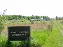 Sign on approach to Menke Observatory.